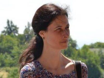 """Угледни час """"Српска народна традиција — песме уочи Божића"""""""